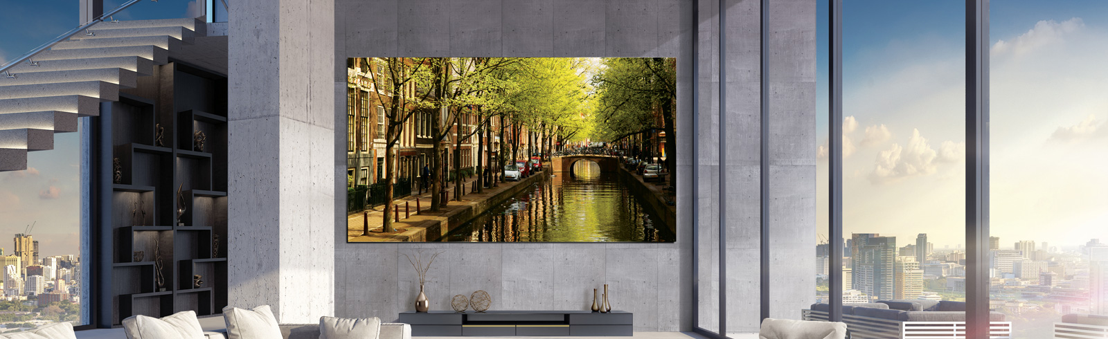 Samsung introduces its 82-inch QLED 8K Digital Signage at ISE 2019