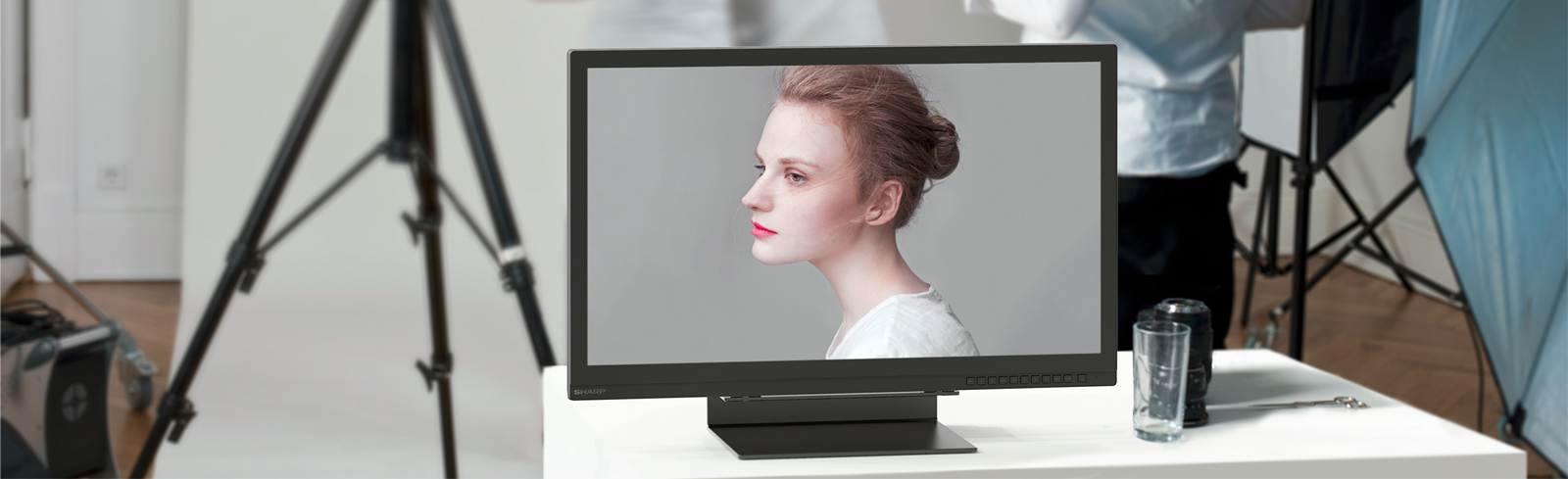 """The Sharp 8M-B32C1 is a 31.5"""" IPS 8K desktop monitor for professionals"""